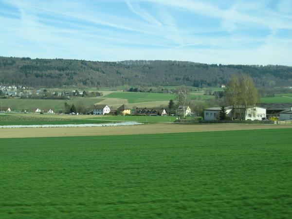 03.瑞士鄉間風光.jpg