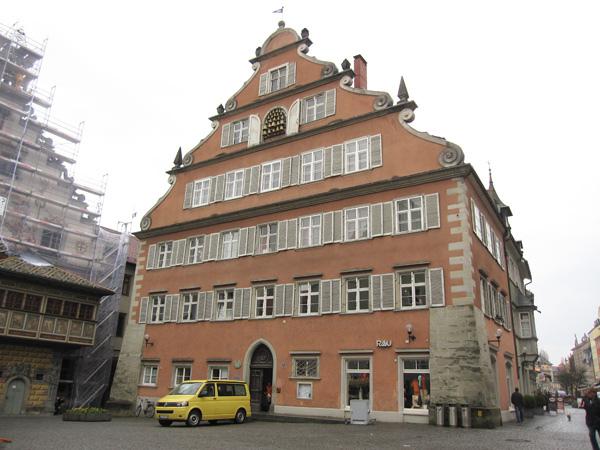 11.市政廳旁的建築.jpg
