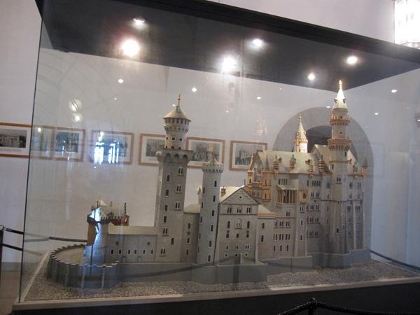 47.展示的城堡模型.jpg