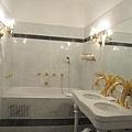 66.Hotel Jägerhaus的浴室.jpg