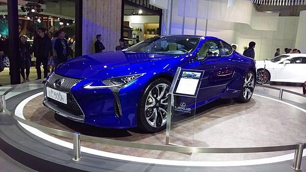 Lexus_LC500h.jpg