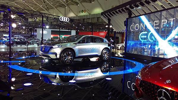 Mercedes-Benz_EQ概念車.jpg