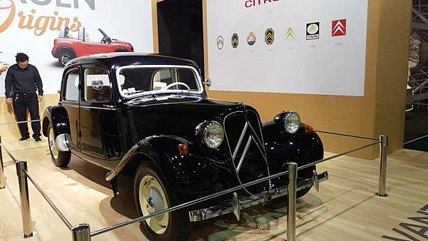 Citroen_Traction Avant.jpg