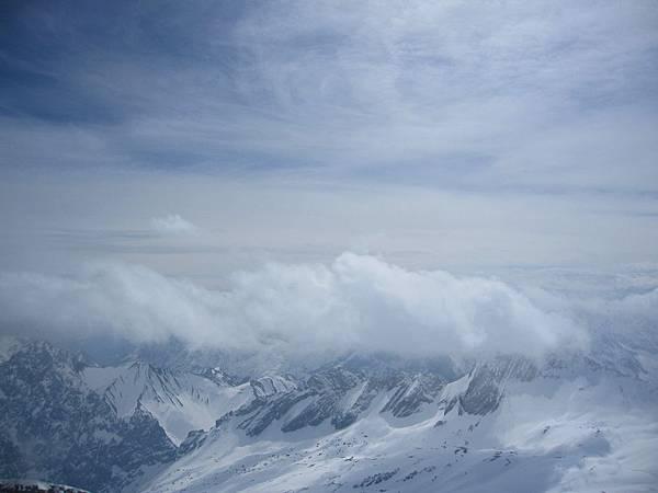 楚格峰_群山雪景03.JPG