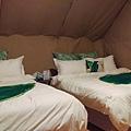 那一村_帳篷床.jpg