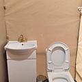 那一村_帳篷浴室廁所.jpg