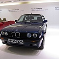 BMW Museum_29_325iX.JPG