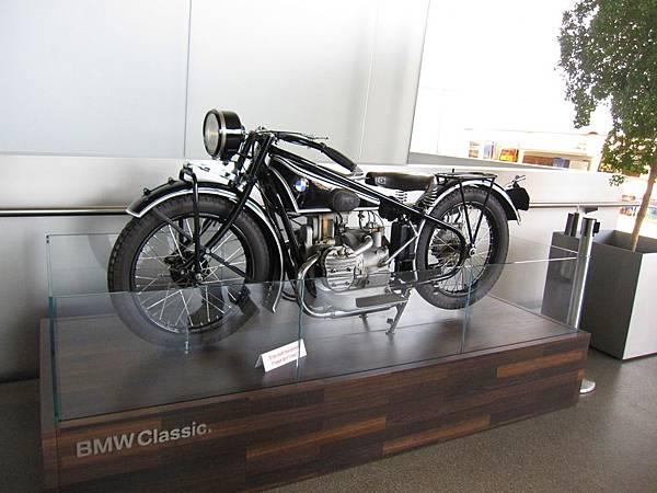 BMW Museum_Classic moto.JPG