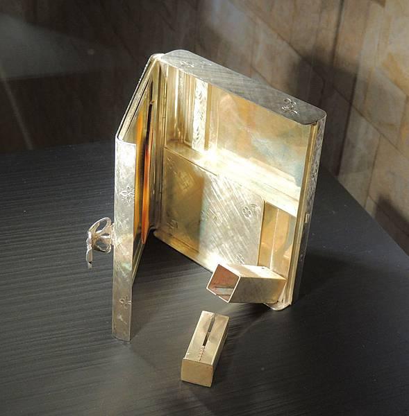 化妝盒02.JPG