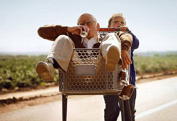 Jackass-Presents-Bad-Grandpa-img