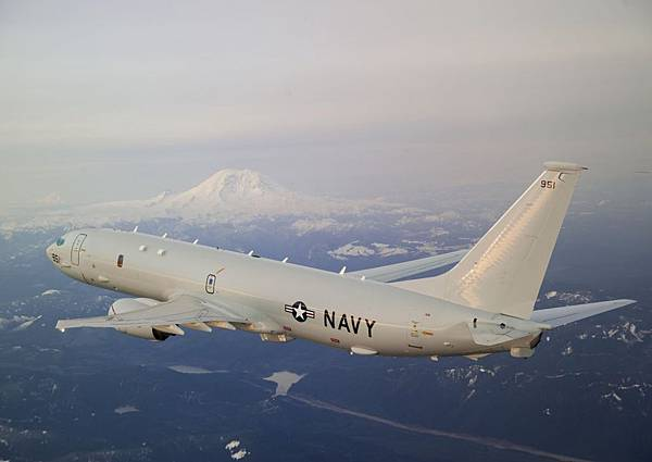 one-of-the-aircrafts-primary-roles-is-carrying-out-electronic-warfare-through-the-p-8s-state-of-the-art-sensors-the-plane-can-help-pinpoint-enemy-radar-installations-allowing-other-aircraft-either-to-avoid-or-destroy-the