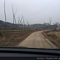 鄉間土路已成水泥路了
