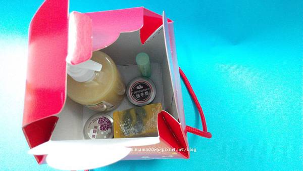 手工精油沐浴露筆筒禮盒&活力護膚皂年節禮盒