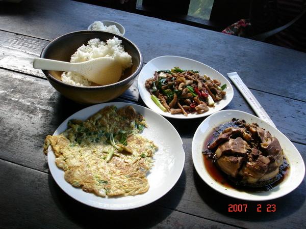我們今天的午餐其中三道菜