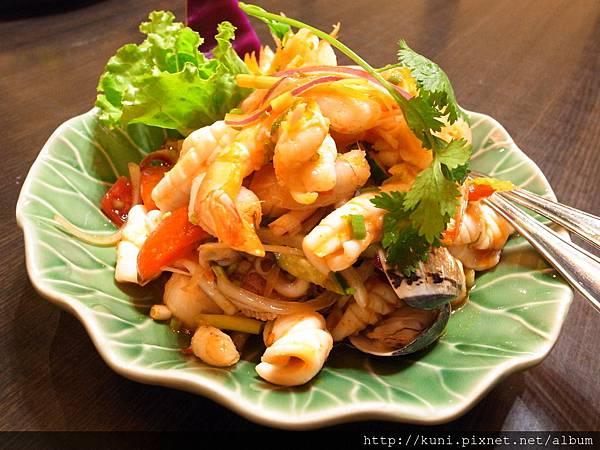 GRD3 15112015 暹廚泰式料理 (2).JPG