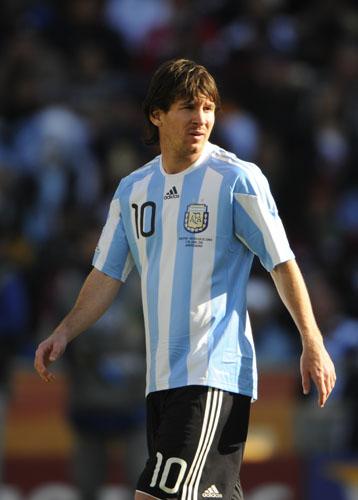 阿根廷代表-100617-03-sina.jpg