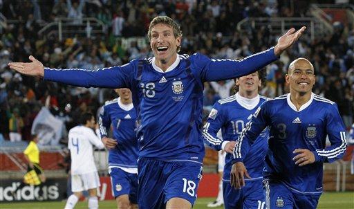 阿根廷代表-100622-01-sina.jpg