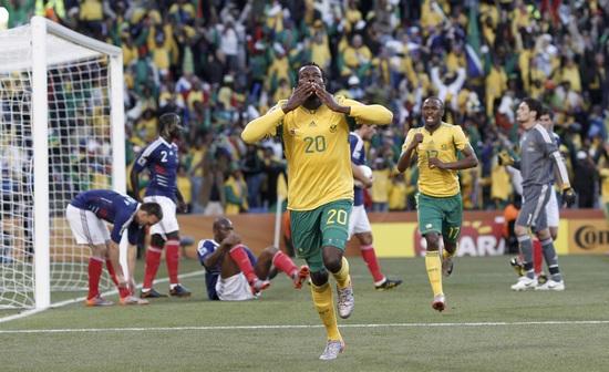 南非代表-100622-01-sina.jpg