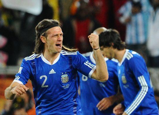 阿根廷代表-100622-03-sina.jpg
