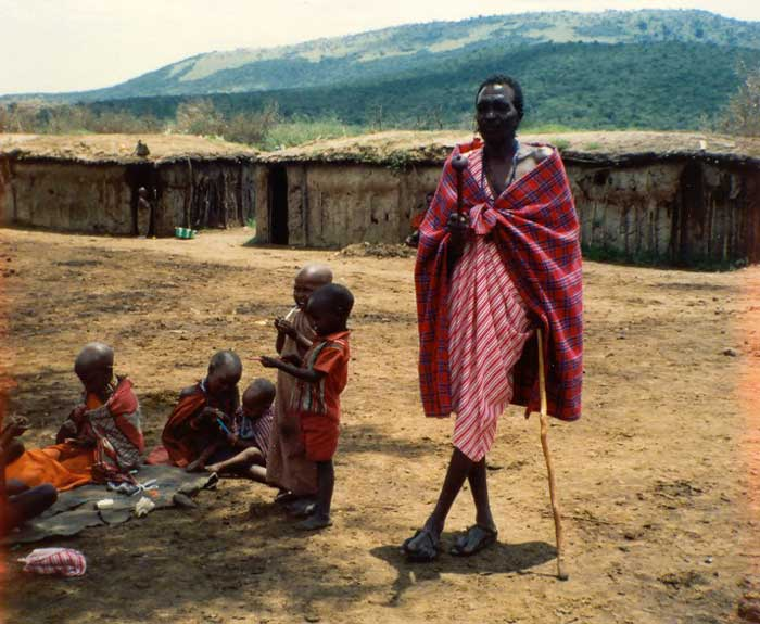 Masai chief & children.jpg