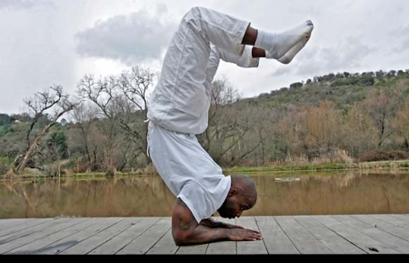 ricky-williams-yoga-instructor.jpg