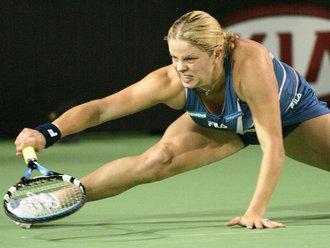 Kim-Clijsters-straddle-2004_2069466.jpg