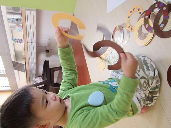 套甜甜圈 (2).JPG