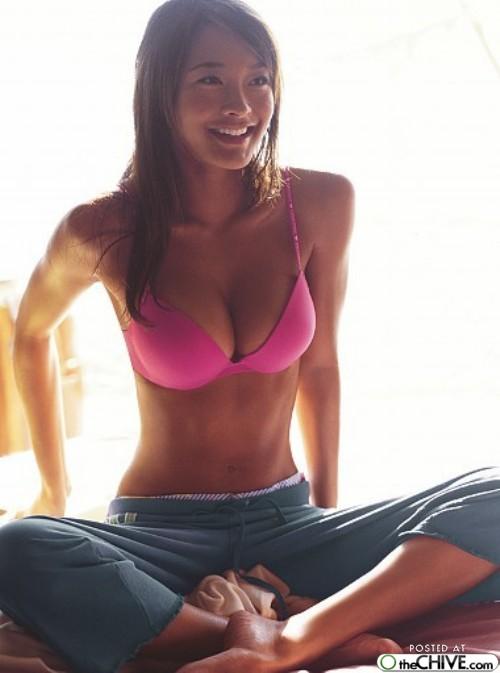 sexy-yoga-11.jpg