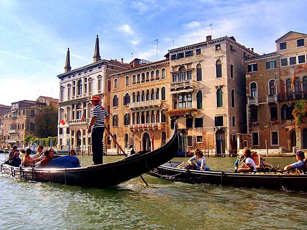 威尼斯——贡多拉.jpg