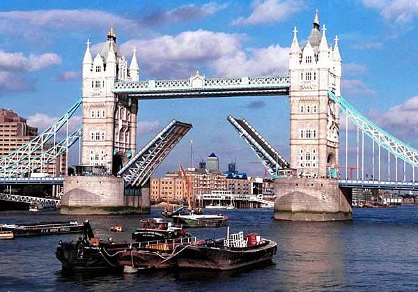 xinsrc_98df100667e311d6b5ce00b0d03f0b06.jpg 倫敦