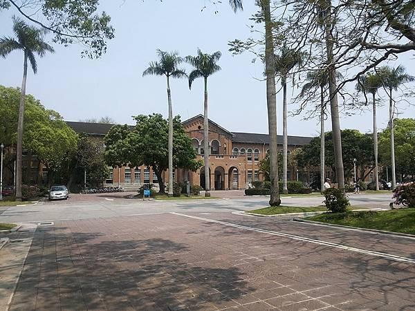 文學院4.jpg