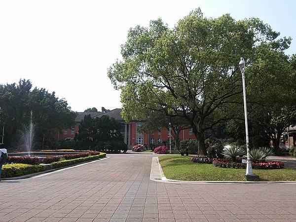 行政大樓5.jpg