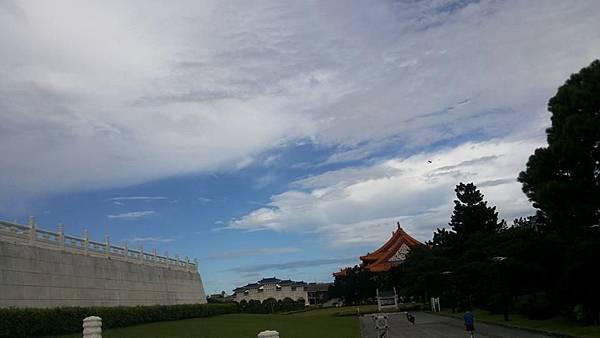 雲3.jpg