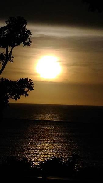 西子灣12