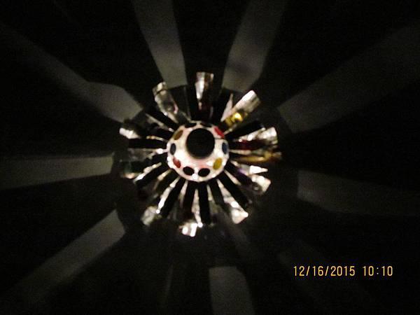 work-233-04-頂視(開燈)-元宵提燈(飛碟型)