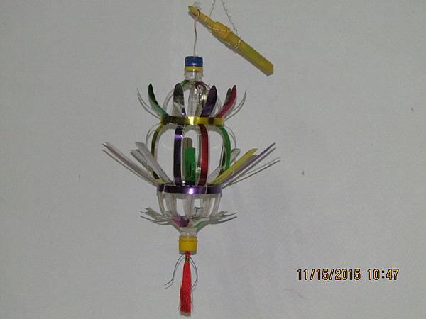 work-234-01-側視-元宵提燈(鳳梨型)
