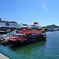 港邊停泊了幾艘的船...不知道是這船新呢?還是他們很會保持乾淨.....跟旗津的看起來差很多