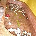 傳說中Lulu spa的玫瑰浴池