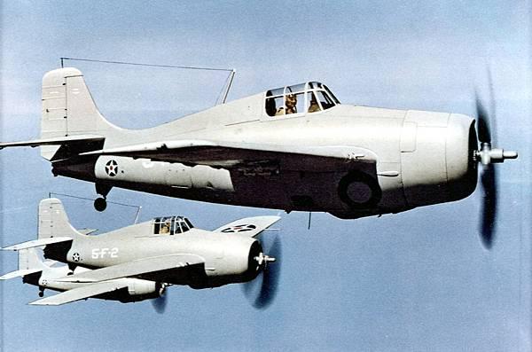 F4F-3_Wildcats_of_VF-5_in_flight_c1941