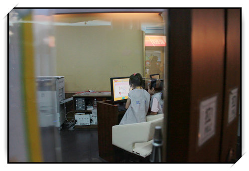 BABY BOSS職業體驗城~小如如的報社記者體驗9.jpg