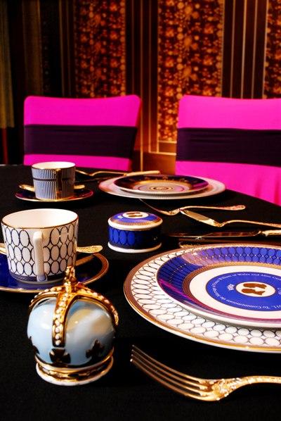 2012年 維多麗亞奢華婚宴 時尚桃紅與古典黑色的交錯