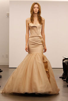 new-vera-wang-wedding-dresses-fall-2012-005