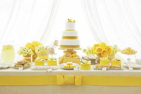 黃色系 甜點桌佈置