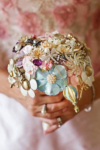 珠寶新娘捧花
