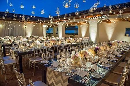 星空下的婚宴