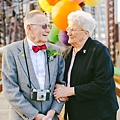 結婚 61 年後重新補回的結婚照片
