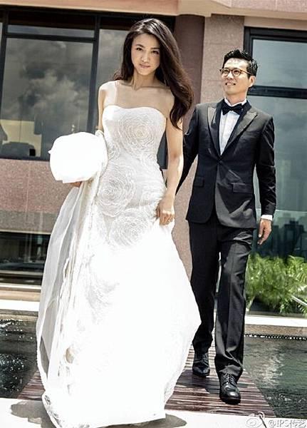 湯唯 婚紗照 喜帖 禮餅 禮服