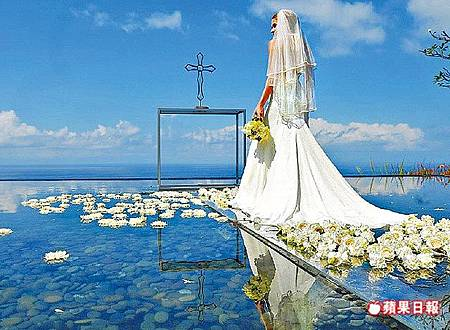 海島婚禮增3成 輕婚紗最紅