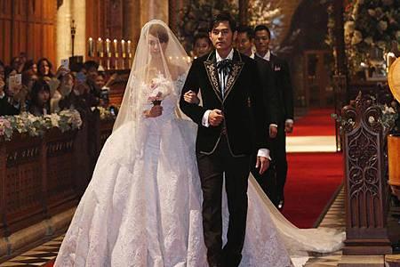 CHAUMET珠寶妝點婚禮的女星們