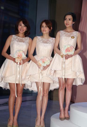 明星當伴娘好閨蜜就要一起穿最浪漫的禮服